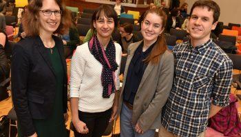 Gruppenfoto: v.l.n.r.: Stefanie Sievers-Glotzbach, Julia Tschersich, Nina Gmeiner, Hendrik Wolter